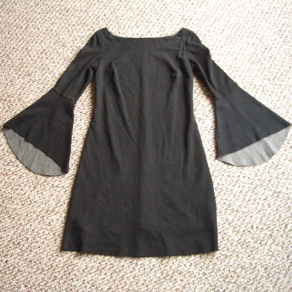 Bailey 44 Dresses & Skirts - Bailey 44 bell sleeve Ponte knit dress M XS/S